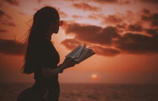 感动到哭的表白情书,表白感动人的话,成功牵手对方