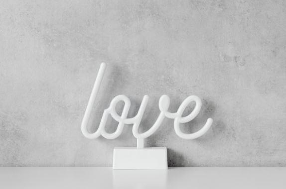 婚外情结束男人会想情人吗,让他爱你长久的必备法则
