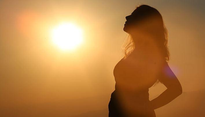 异地恋男朋友对我很冷淡,总是吵架,怎么挽回他的心?