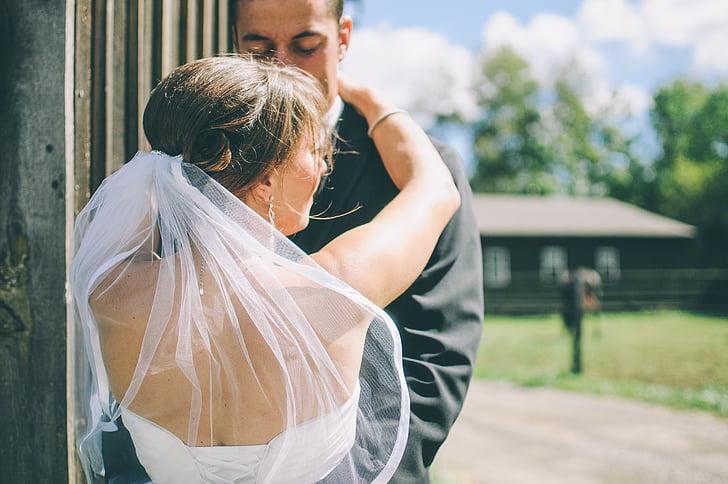 对老公没感觉厌烦排斥,这样的婚姻怎么继续?