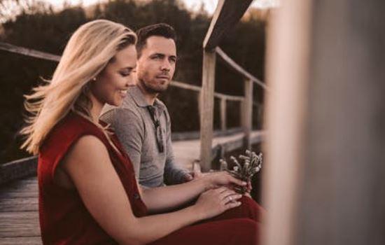 婚外情人有了新欢,我拉黑了但他不理我,我该怎么办?