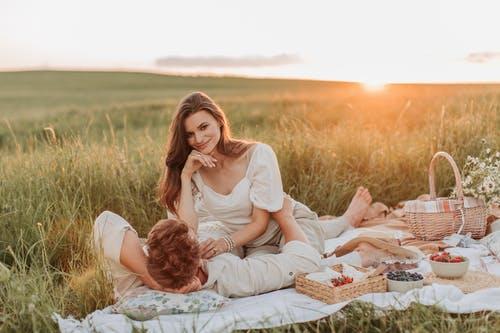 和男朋友分手后又复合,他没以前爱我了,怎么挽回?