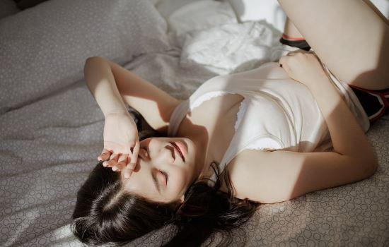 女朋友跟我说在一起累,和我分手了,我该怎么挽回她?