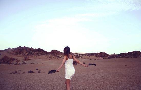 总感觉男友不爱我,是我想的太多吗,该怎样维持这段恋情?