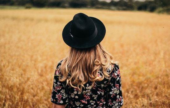 女朋友爱上了别人,要跟我分手,如何挽回她的心?