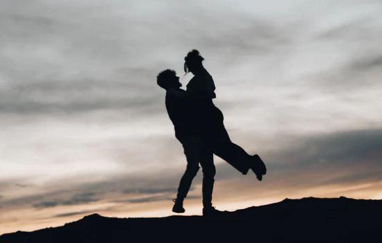 男朋友想和我结婚,我还没准备好,我该怎么办?
