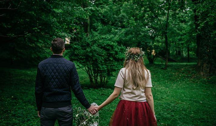 男友说和我在一起很累,我让他伤心了,他是不是不在乎我了?