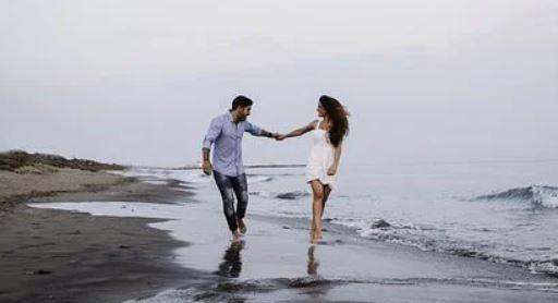 男友父母不同意,他被逼去相亲,我该怎么办?