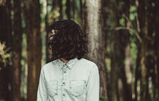 挽回爱情:我提分手男友没挽留,他不理我了怎么挽回?