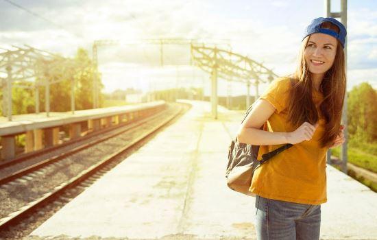 复合后女朋友态度冷淡,怎么挽回使关系更加紧密?