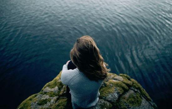 男朋友和我分手了,他说不相信我,我该怎么挽回他?