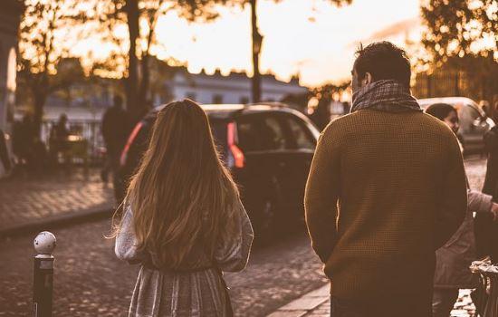 女朋友对我很失望,和我分手说再见,我该怎么办?