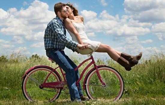 因男朋友父母反对分手,为什么我们的爱情自己不能做主?