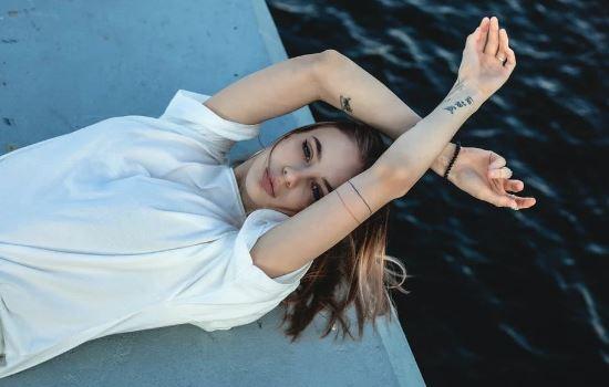 聪明有头脑的女人表现,聪明女人更容易获得幸福