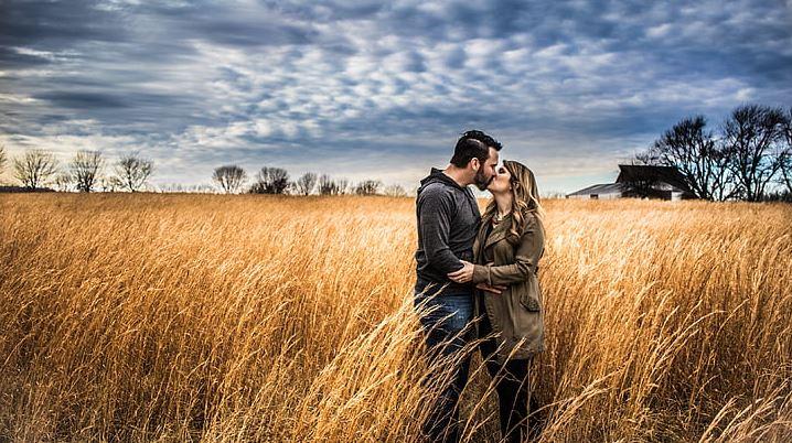女人二婚就是死路一条,其实获得幸福在于自己