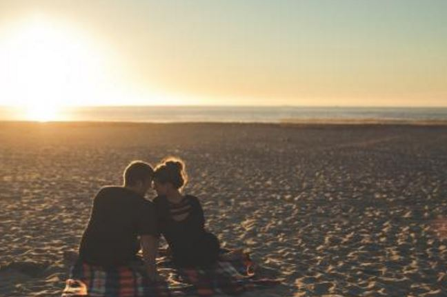 男生跟女生表白被拒绝,她说做朋友,我还有机会吗?