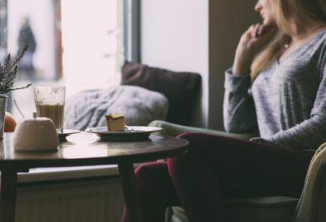 婚外情分手后断了联系,断联后让对方回头的策略