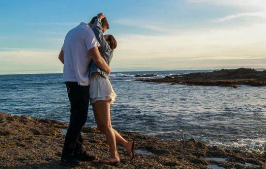 老婆出轨了要离婚,我要怎么才能挽回她的心?