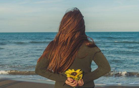情侣之间缺少陪伴,男友说要冷静一段时间,我该怎么办?