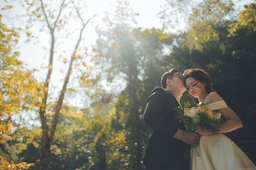 婚外情最多撑几年,注意哪些细节可以让关系更亲密