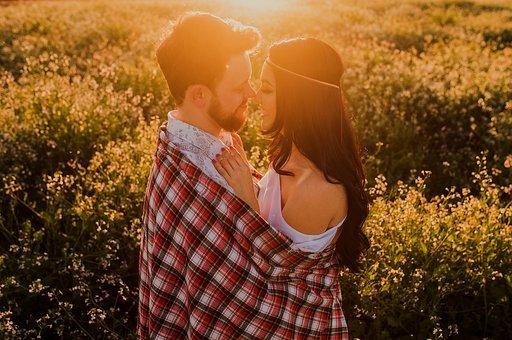十几年的婚外情是真爱吗,怎么判断情人之间是否有真爱