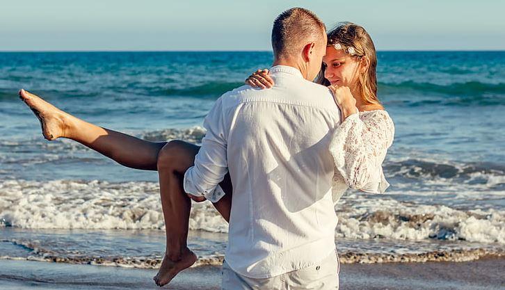 <b>婚姻咨询:和老公沟通不了,总是吵架该怎么办?</b>