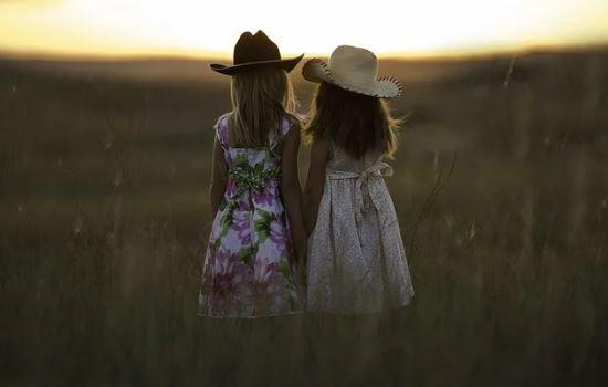 朋友圈吸引前任技巧,利用朋友圈挽回前任的攻略