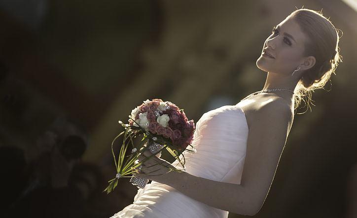 对女友隐瞒有婚史被发现了怎么办