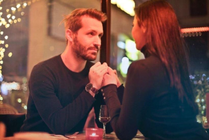 男朋友对我很好,但他多次出轨,不知道要不要原谅他