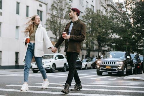 不要去挽回前女友,建立二次吸引让对方重新爱上你