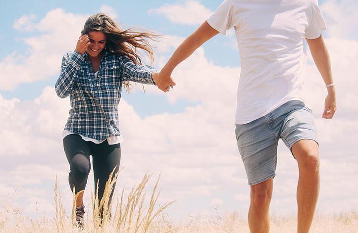 挽留女朋友不要走,教你如何顺利挽回女朋友
